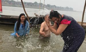 कुंभ: संसार बाजार नहीं बल्कि एक बड़ा परिवार है