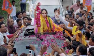 बॉलीवुड के सितारे बने राजनीति के प्यारे