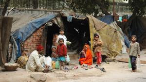 भारत गरीबी में महत्वपूर्ण रूप से कमी करने वाले दुनिया के 10 देशों में हुआ शामिल