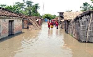 देश के कई हिस्सों में बाढ़ का कहर