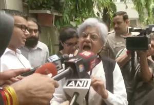 वरिष्ठ वकील इंदिरा जयसिंह के घर और दफ्तरों पर CBI की छापेमारी
