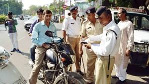 गुजरात की भाजपा सरकार ने ट्रैफिक जुर्माना किया आधा, केंद्र ने कहा- ऐसा नहीं कर सकते