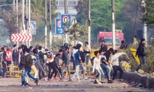 दिल्ली के दंगों के पीछे कौन?