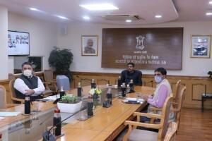धर्मेंद्र प्रधान ने कोयला, गैसीयकरण और यूरिया निर्माण परियोजनाओं की प्रगति की समीक्षा की