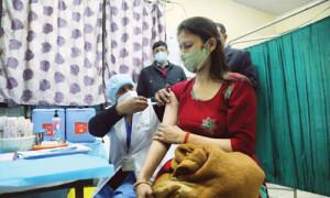 कोरोना वैक्सीन पर विपक्ष ने फिर कटवायी नाक