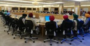 केन्द्र सरकार और किसान संगठनों के बीच आठवें दौर की बातचीत आज नई दिल्ली में